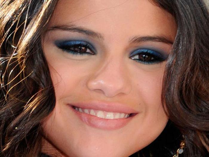 selena makeup 1