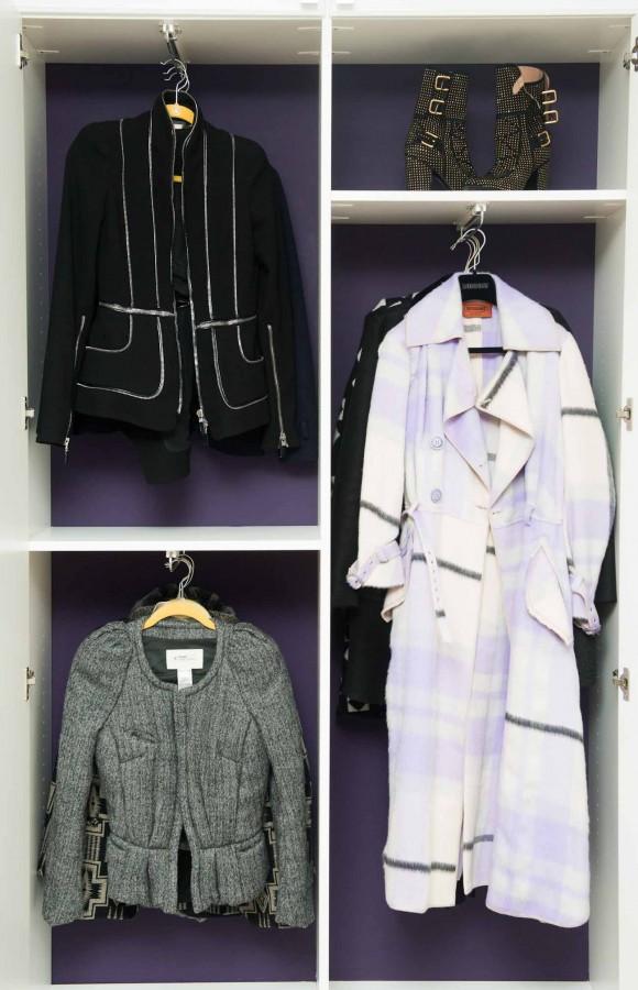 Kaley_Cuoco_Closet-011